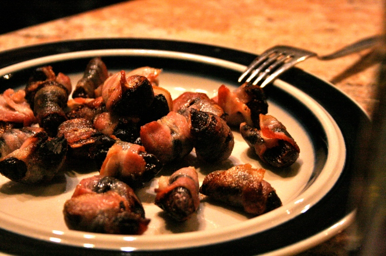 The bacon wrapped figs were paired with a rich and sweet Muscato.